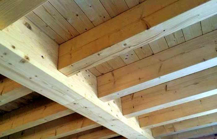 Sirkka, plafond bois massif